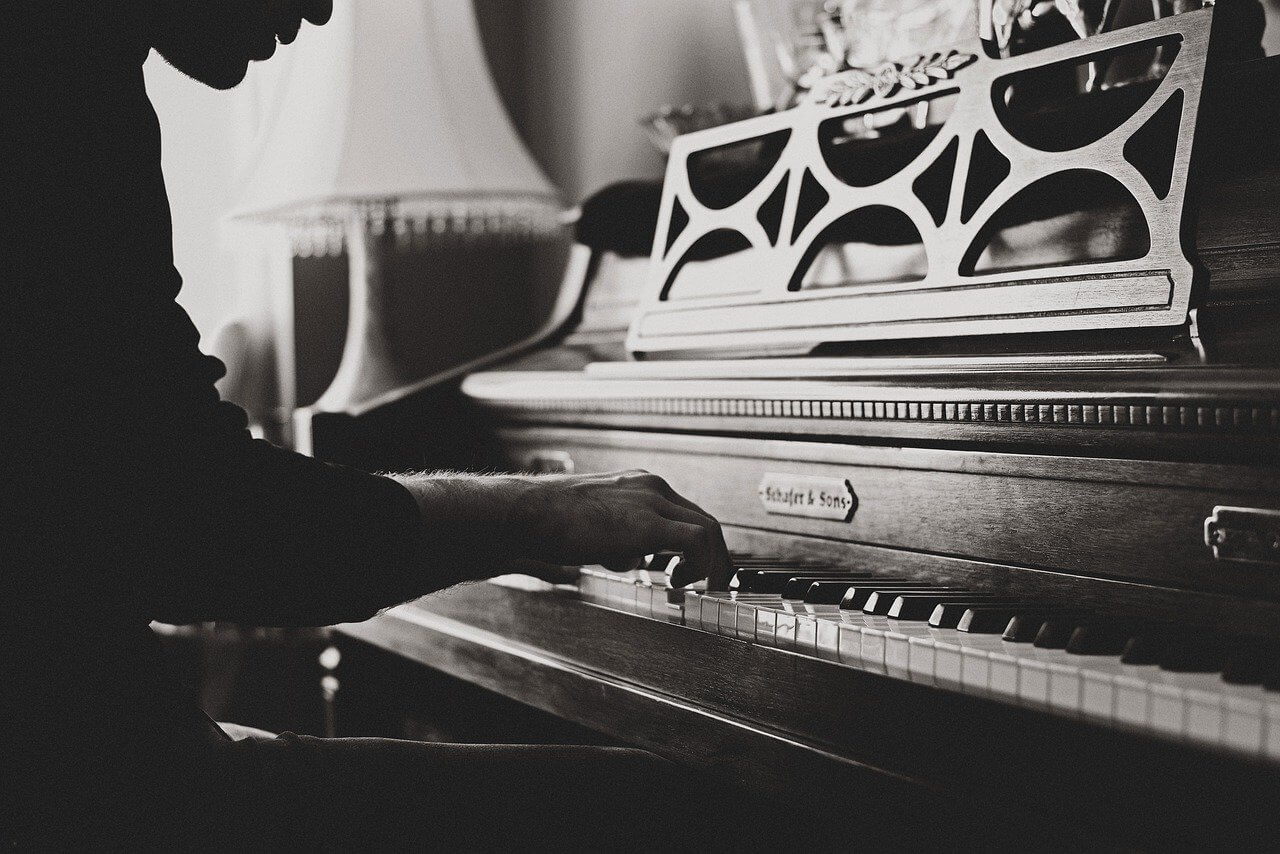 コロナ自粛 クラシック 演奏会